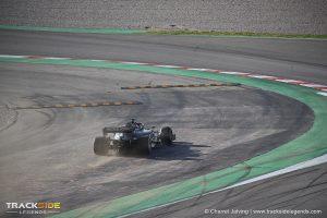 F1 Pre-season testing Day 1 - Daniel Ricciardo - Renault F1 - Off Track