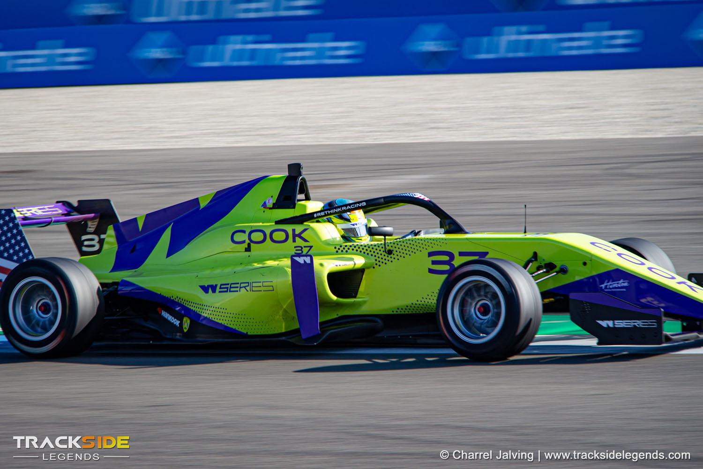 Sabré Cook | W Series Assen 2019 - TT Circuit Assen